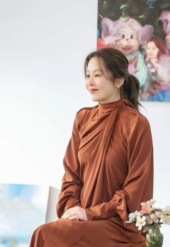 'Nàng dâu bị đế chế Samsung ruồng bỏ' tái xuất ấn tượng như để 'phục thù' một thời quá khứ 2