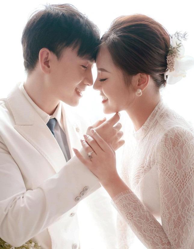 Mỹ nhân Việt hóa cô dâu màn ảnh nhỏ: Phương Oanh khí chất vợ 'tổng tài', Hồng Diễm sang chảnh nét tiểu thư 6