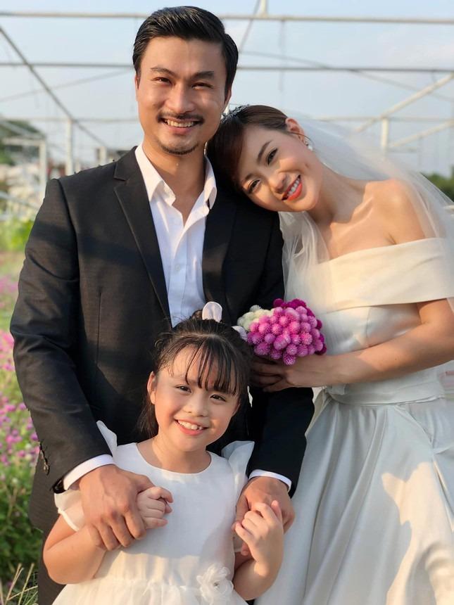 Mỹ nhân Việt hóa cô dâu màn ảnh nhỏ: Phương Oanh khí chất vợ 'tổng tài', Hồng Diễm sang chảnh nét tiểu thư 12