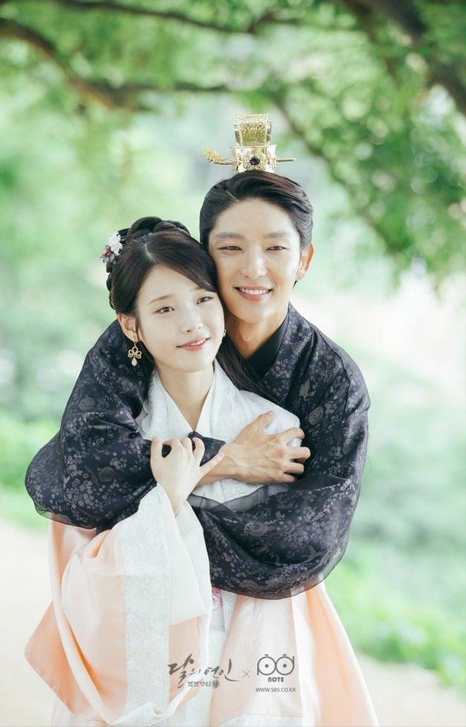 6 quân vương điển trai nhất màn ảnh Hàn: Song Joong Ki nghiêm nghị và quyền lực, Lee Min Ho khí chất ngời ngời 12