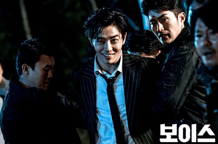 8 tài tử Kbiz vẫn điển trai dù hóa 'ác nhân' trên màn ảnh: Hyun Bin, Lee Jong Suk có mặt! 3