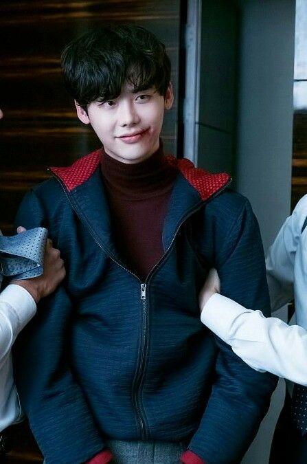 8 tài tử Kbiz vẫn điển trai dù hóa 'ác nhân' trên màn ảnh: Hyun Bin, Lee Jong Suk có mặt! 5