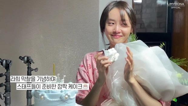 Yoona lộ mặt mộc, mắt sưng húp, nhan sắc liệu còn xứng danh 'nữ thần' như bao người ngợi ca? 4