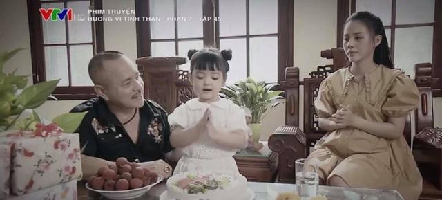 Ngỡ ngàng nhan sắc 'như 2 giọt nước' của Thu Quỳnh lúc nhỏ với cô bé đóng vai Thy trong 'Hương vị tình thân' 2