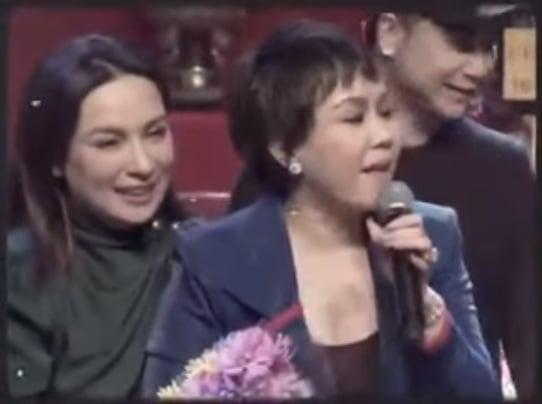 Việt Hương lặng tiếng sau khi Phi Nhung qua đời, đến nay mới bộc phát hành động khiến bao người ứa nước mắt 4