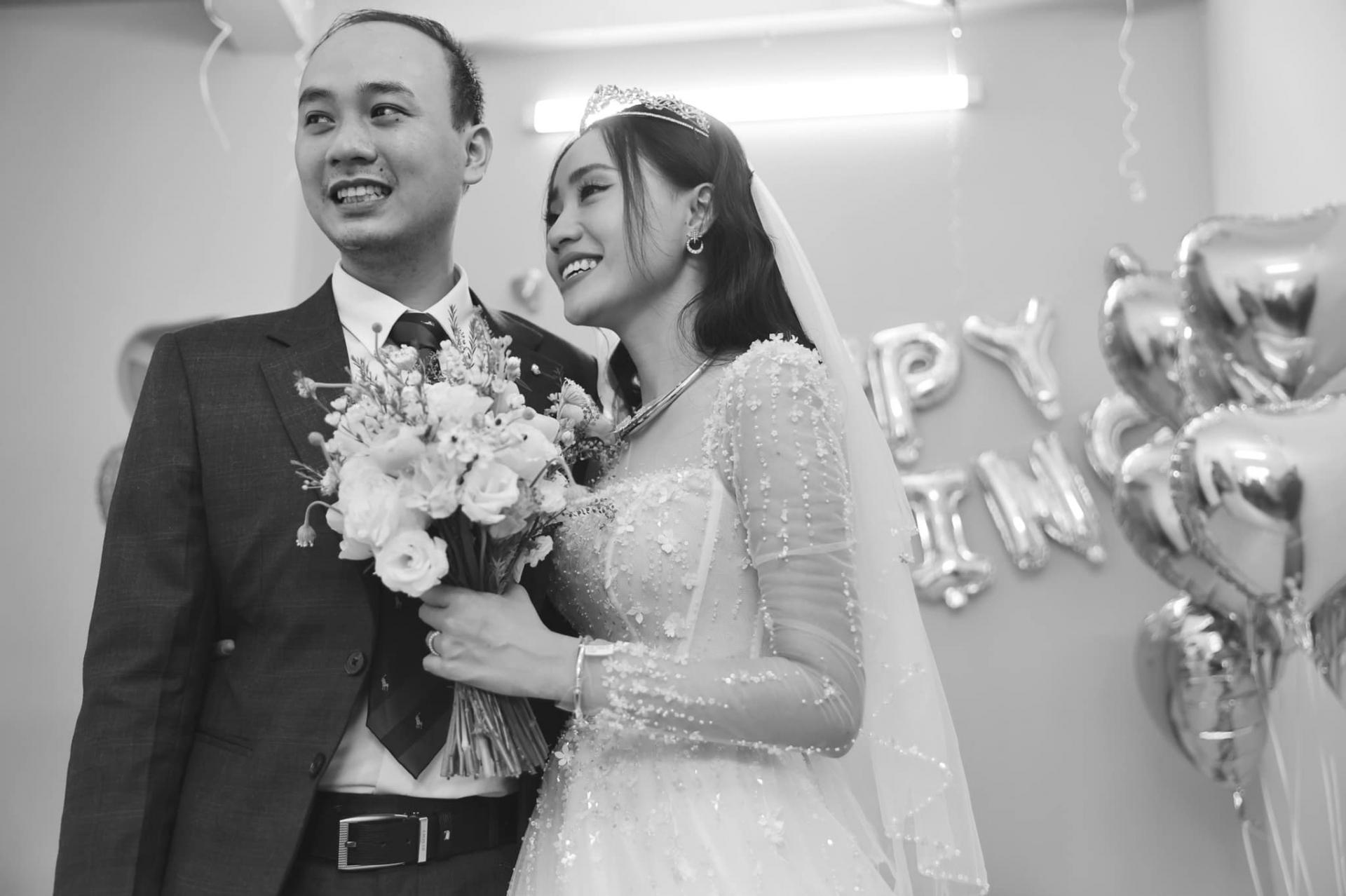 MC thời tiết Xuân Anh lần đầu công khai dung mạo ông xã, thừa nhận thiệt thòi khi lấy chồng 'đại gia' 2