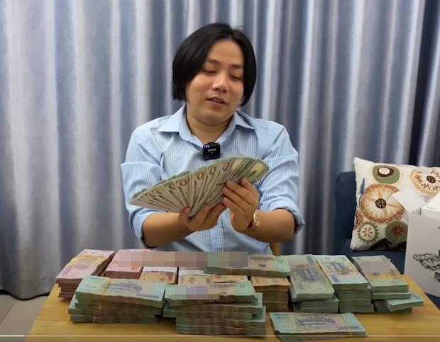 'Youtuber giàu nhất VN' Khoa Pug chỉ cách mua được nhà SG từ 2 bàn tay trắng trước 30 tuổi 1