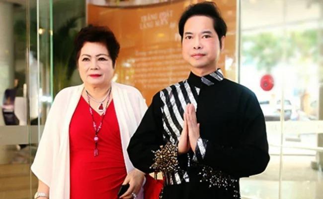 Showbiz hot 30/7: Võ Hạ Trâm lần đầu tiên 'cải tạo' chồng Ấn Độ, Ngọc Sơn chịu thêm day dứt sau khi mẹ qua đời 1