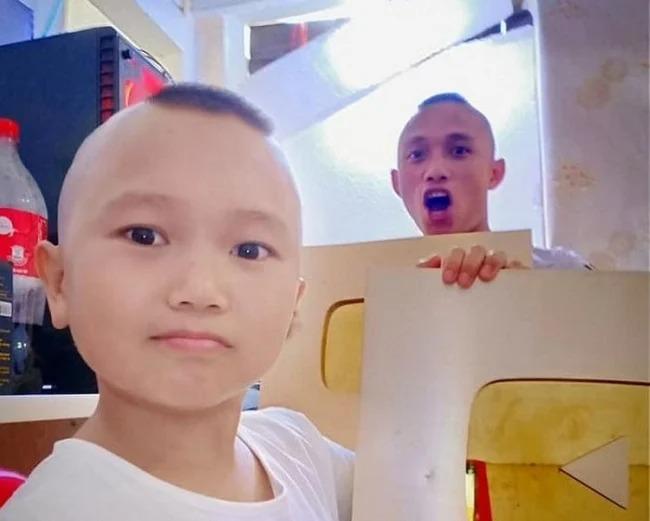 Showbiz hot 31/7: Phi Nhung 'tuyên bố' suýt làm vợ Hoài Linh, kênh Youtube 'Anh em Tam Mao' có thể bị xóa 3