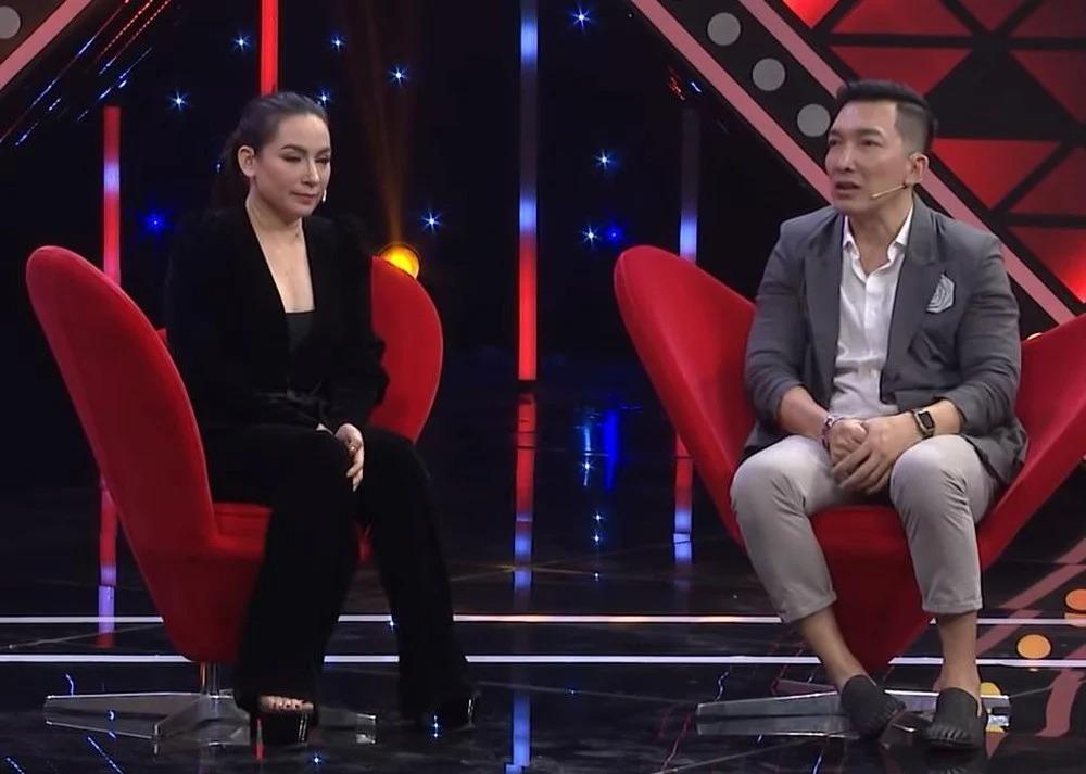 Showbiz 28/8: Danh tính 'người tình' bí mật chung sống với Phi Nhung; Khánh Thi lộ dấu hiệu bất thường tâm lý 3