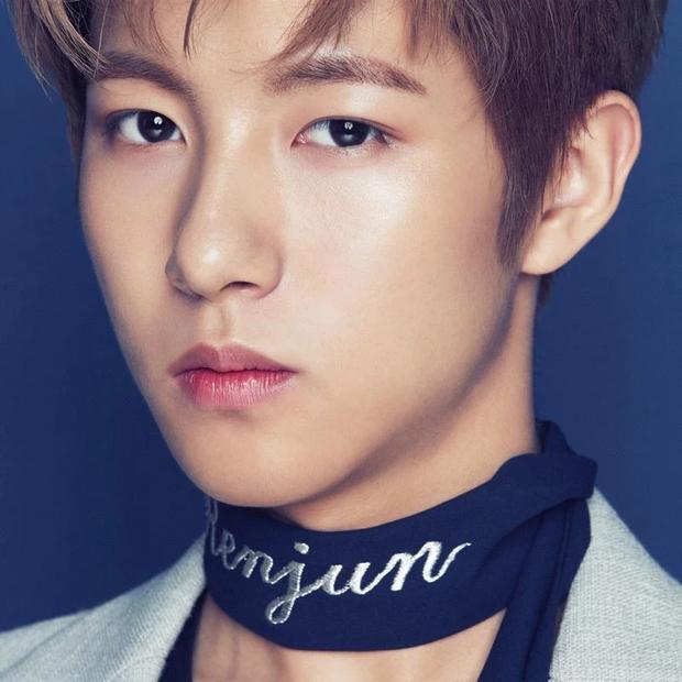 5 Idol nam Kpop sinh năm 2000 hết 'đáng yêu' từ lúc dậy thì: Jeno, Chani, Bae Jin Young,.. 'cải cách' khó tin 2