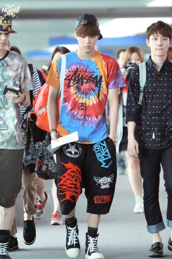 8 gu thời trang sân bay khiến chính fan ruột 'ngây người' của mỹ nam Kpop: Changsub, GD, JHope,.. 7