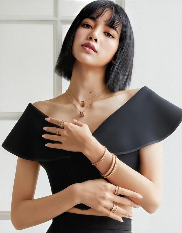 Lisa BLACKPINK 'sánh đôi bất đắc dĩ' với Karik tại Hàn, chính chủ 'ngầm thừa nhận' 2