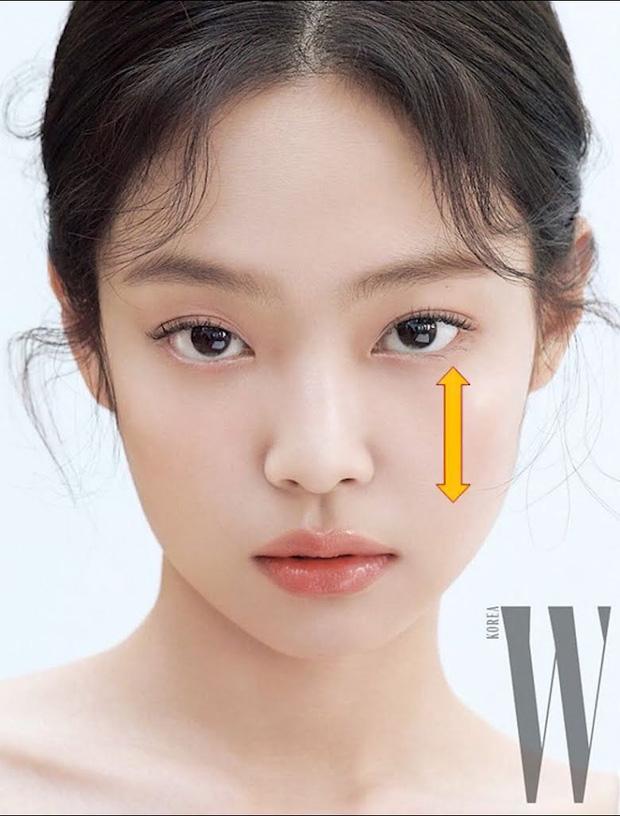 10 Sao Kbiz mặt lệch, mũi vẹo: Jennie, Tzuyu, Kim Soo Hyun, T.O.P nhìn cứ 'kì kì'? 1
