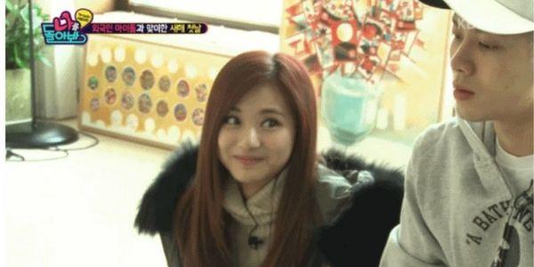 4 khoảnh khắc xấu hổ khi Idol nữ 'ngơ ngẩn' vì 'nam thần' Kbiz: Lee Min Ho, Park Bo Gum,.. 'chín mặt' 3