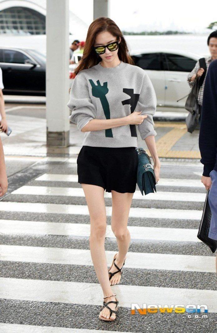5 mỹ nhân hàng đầu Kpop 'rủ nhau' có chung 1 khuyết điểm: Song Hye Kyo, Tzuyu, Rosé trông 'dị dị' 12