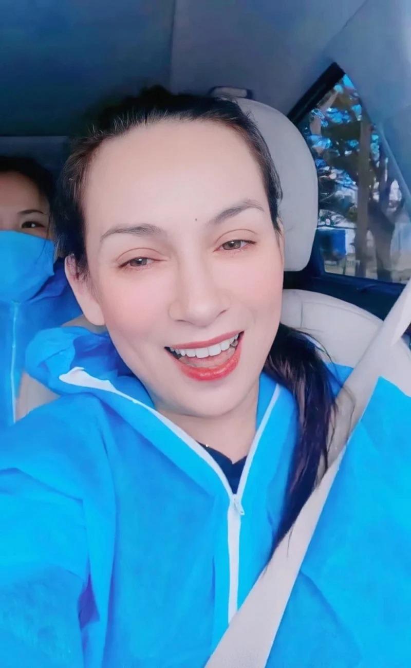 Showbiz 24h: Thủy Tiên tiết lộ bí mật két sắt; Phi Nhung ngừng chữa trị, được Việt Hương đưa khỏi bệnh viện? 3