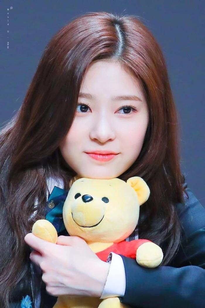 Tin nóng Kbiz 24h: Jennie (BLACKPINK) bị netizen Thái Lan 'hắt nước bẩn' vì Lisa; Savage của aespa lập đại thành tích  4