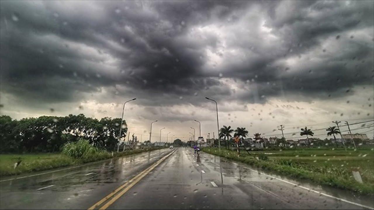 'Bão chồng bão' trong 10 ngày tới, người dân nên hạn chế hồi hương 3