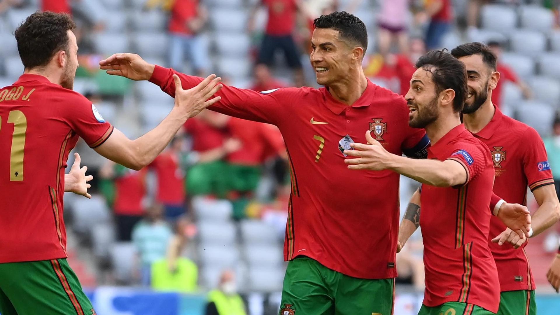 Bảng xếp hạng Vua phá lưới Euro 2021: Ronaldo áp đảo, Lewandowski vừa nóng máy đã ra rìa 3