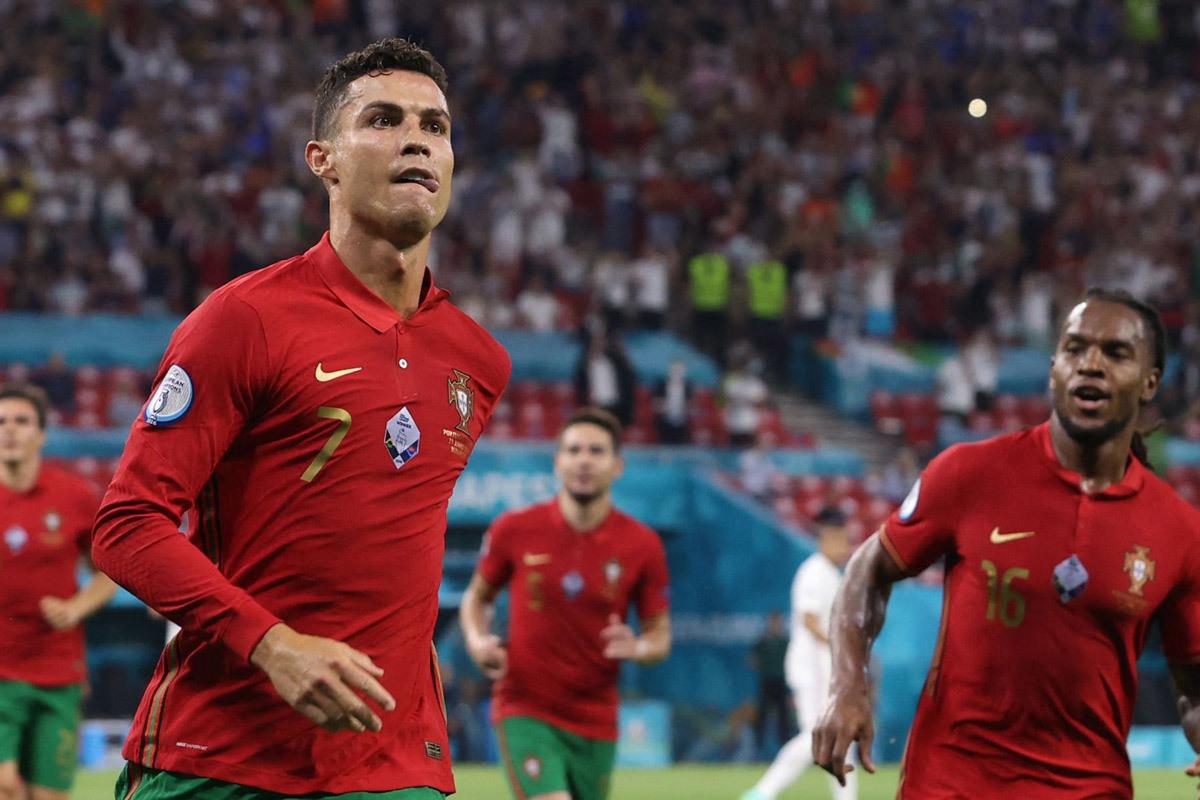 Bảng xếp hạng Vua phá lưới Euro 2021: Ronaldo áp đảo, Lewandowski vừa nóng máy đã ra rìa 2