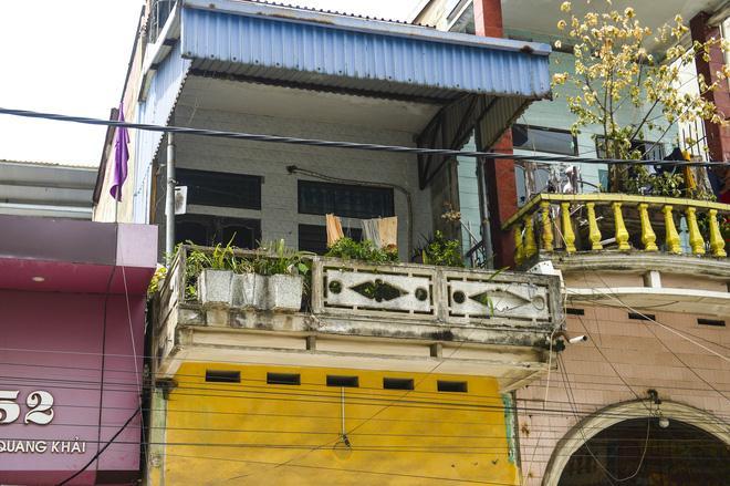 Vợ 'người hùng' đỡ bé gái rơi từ tầng 2 ở Nam Định tiết lộ tình hình sức khỏe đáng lo ngại của chồng 3