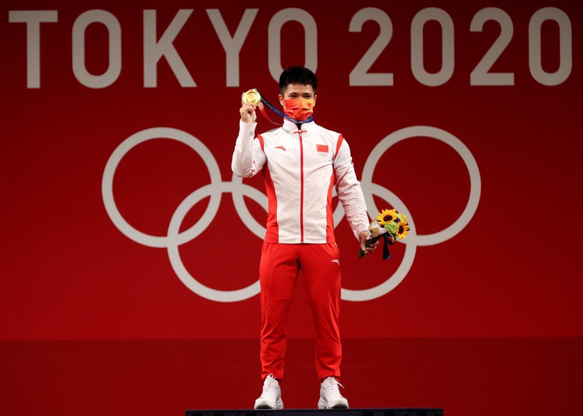 'Siêu nhân' cử tạ Trung Quốc gây choáng tại Olympic: Nâng tạ gần 200 kg với chỉ bằng một chân 5