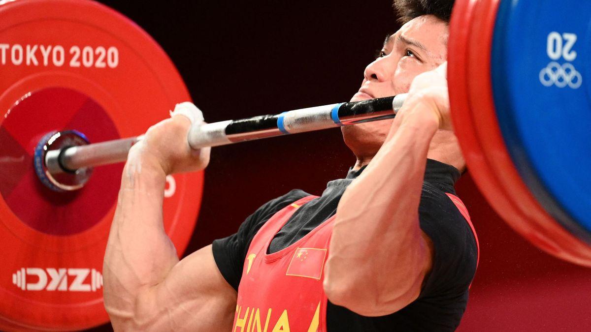 'Siêu nhân' cử tạ Trung Quốc gây choáng tại Olympic: Nâng tạ gần 200 kg với chỉ bằng một chân 2