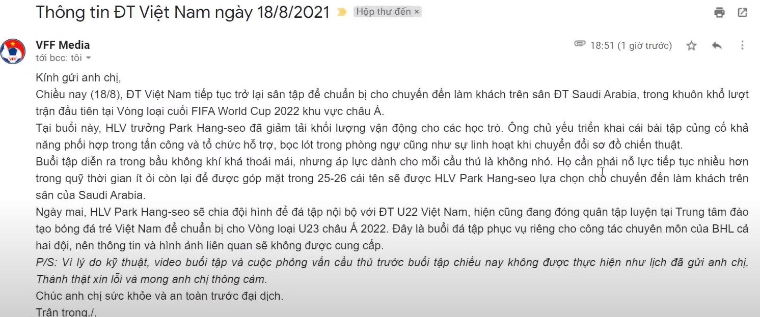 HLV Park Hang-seo nổi trận lôi đình, đuổi cổ một cựu cầu thủ quay lén buổi tập của ĐT Việt Nam 3
