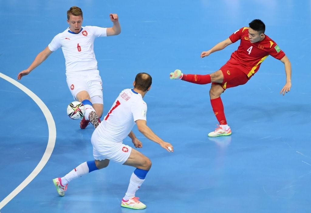 AFC ngỡ ngàng vì siêu phẩm của ĐT Việt Nam, tái hiện kì tích chưa từng có trên đấu trường World Cup 2