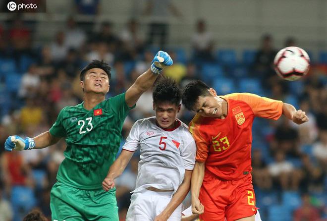 Trận Trung Quốc vs ĐT Việt Nam chốt giờ thi đấu, CĐV nước nhà sẽ lại phải thức đêm cổ vũ 1