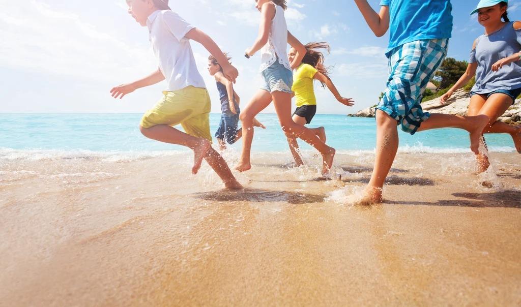 7 نکته برای محافظت از کودکان هنگام رفتن به ساحل ، که بسیاری از والدین به طور تصادفی از آنها چشم پوشی می کنند 1