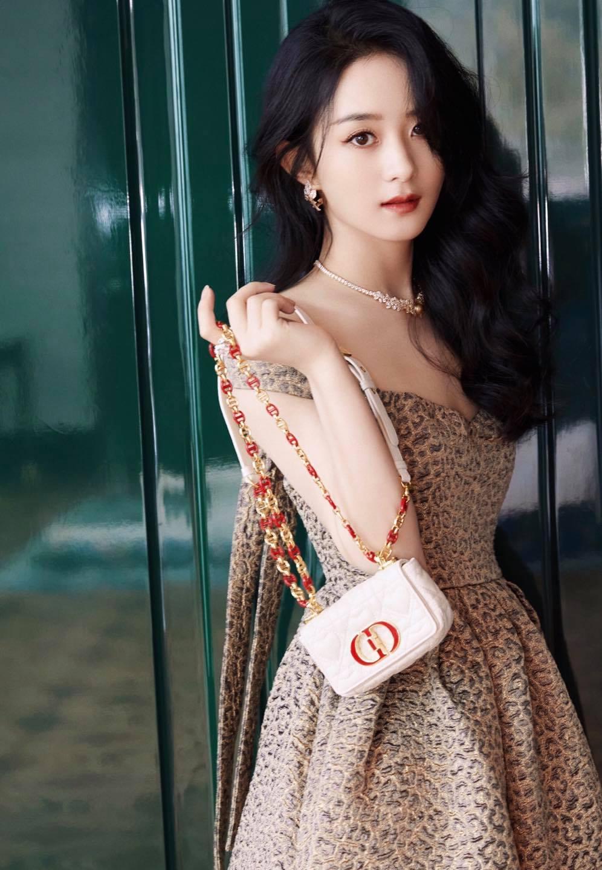 Xé tan mác phèn, Triệu Lệ Dĩnh xinh, sang, xuất sắc tại sự kiện Dior 3