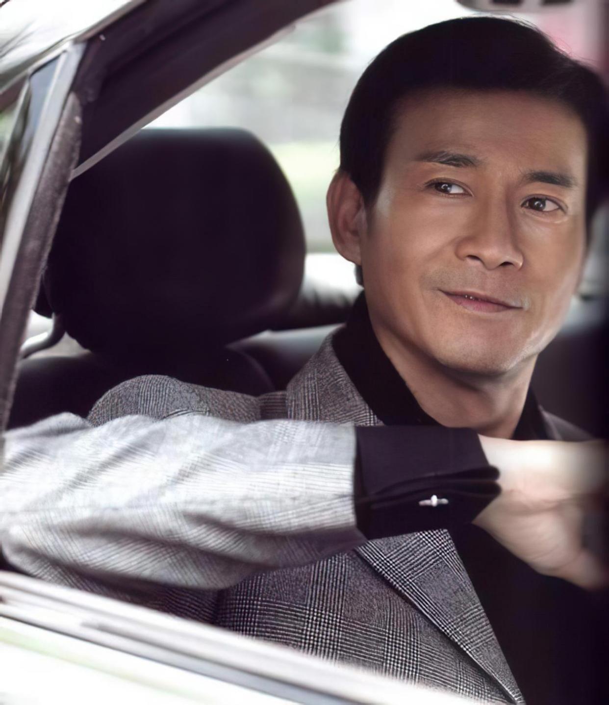 Không phải Lâm Chí Dĩnh, Chung Hán Lương, đây mới là nam thần không tuổi của Cbiz 5