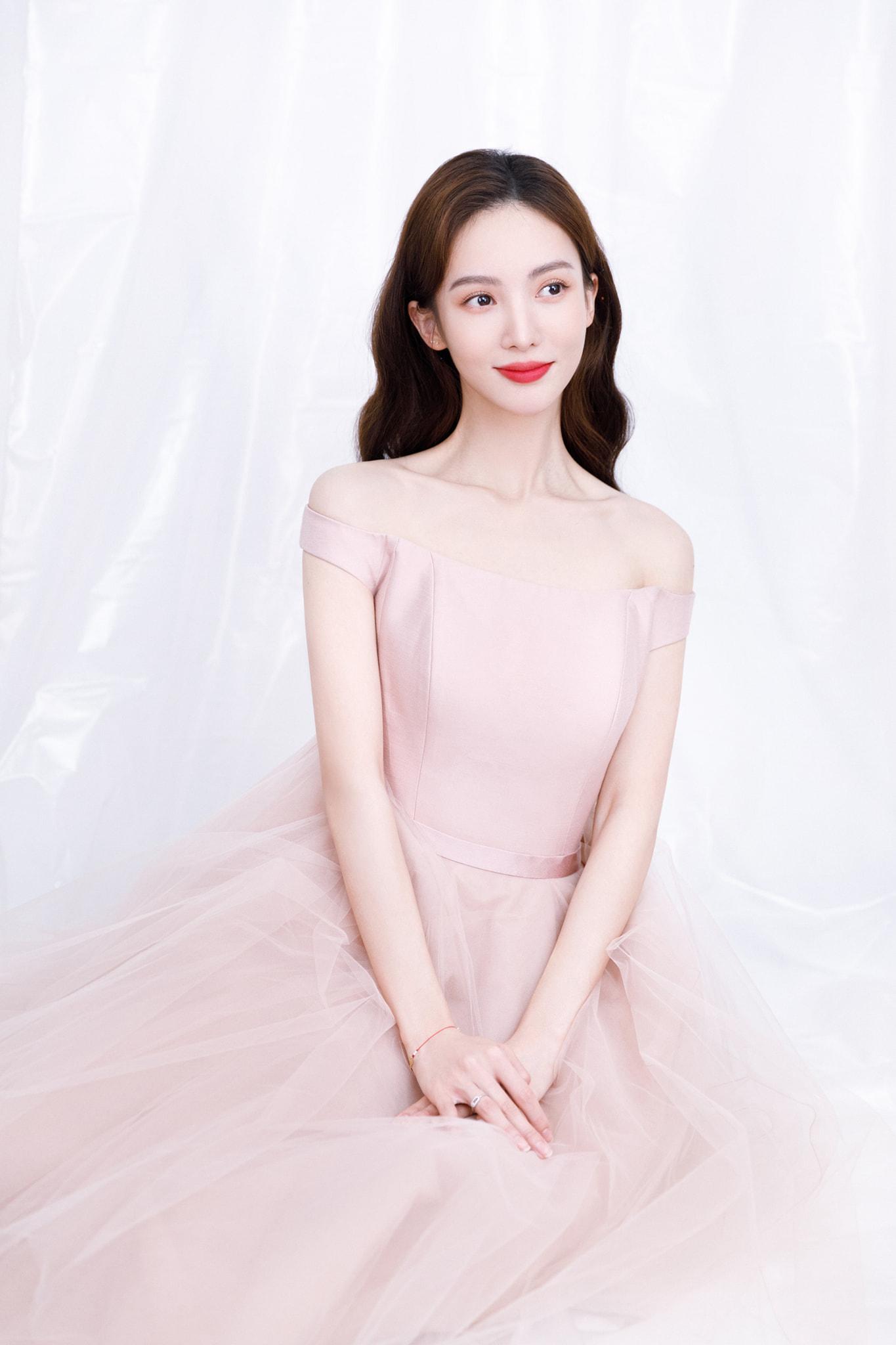 BXH sao nữ Cbiz tháng 7/2021: 'Đỉnh lưu dởm' Dương Tử top 1, Lệ Dĩnh, Diệc Phi vắng bóng 9