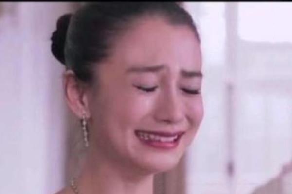 Cảnh khóc của 8 nữ thần Cbiz: Lưu Diệc Phi đẹp động lòng người, Angela Baby chọc cười khán giả 8