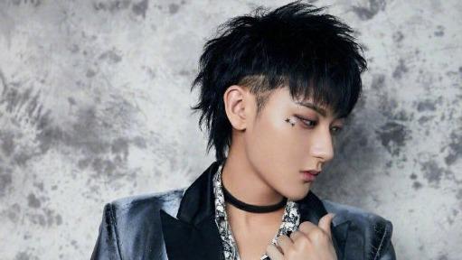 Fan Hoàng Tử Thao khiến idol nở mày nở mặt, chẳng như 'ai kia' tẩu hỏa nhập ma 5