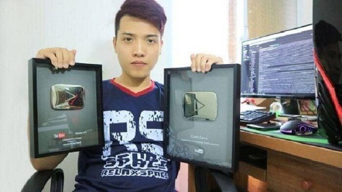 Nguyễn Thành Nam NTN chính thức trở thành Youtuber số 1 Việt Nam 4