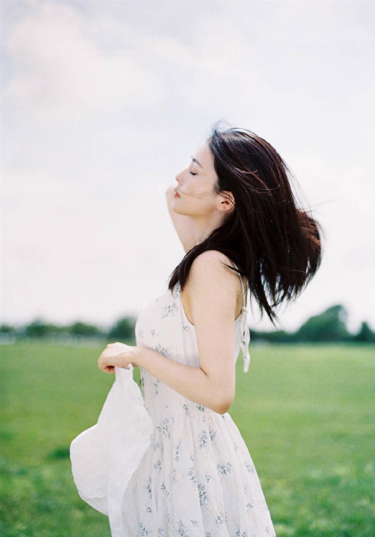 Bạch Lộc hóa 'nai trắng', khoe vẻ đẹp tinh khôi trong bộ ảnh mới 8
