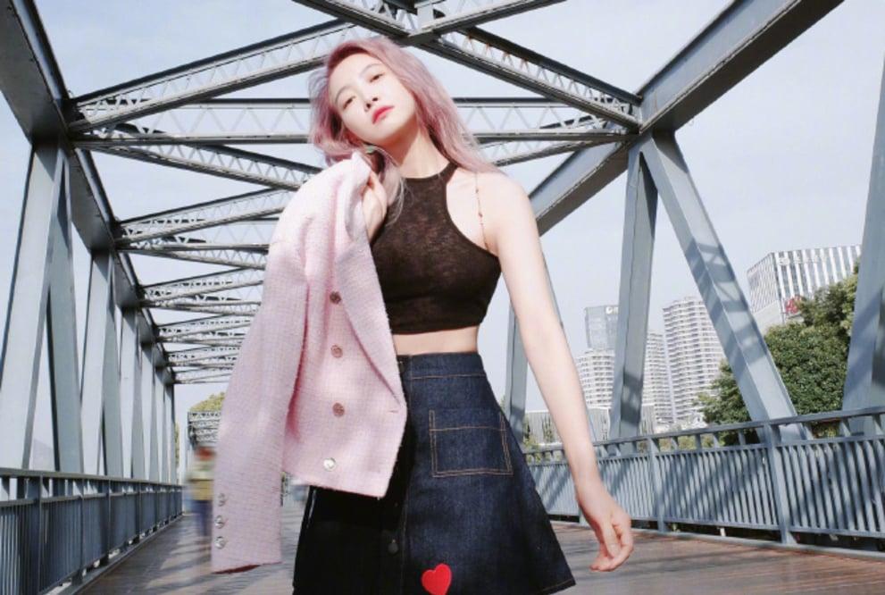 Loạt ảnh tóc hồng của Tống Thiến khiến Cnet bùng nổ, chuyện gì đang xảy ra vậy? 3