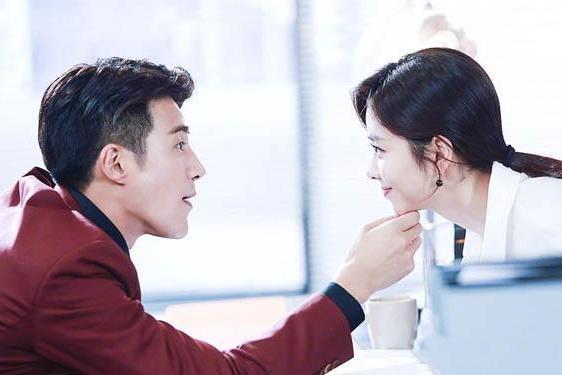 Nhậm Gia Luân, Lưu Hạo Nhiên, La Vân Hi... đâu là 'người tình' đẹp nhất màn ảnh của Đàm Tùng Vận? 5