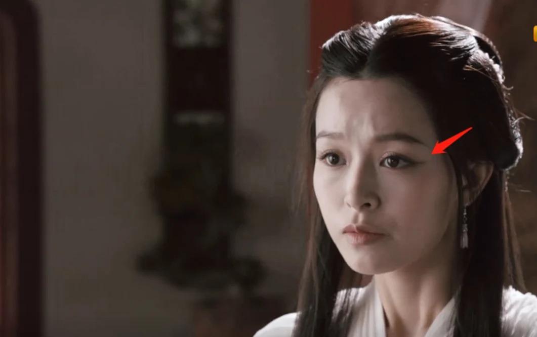 Tân Thiên Long Bát Bộ 'cợt nhả' khi để Đoàn Dự 'tè ra quần' lúc gặp Vương Ngữ Yên 5