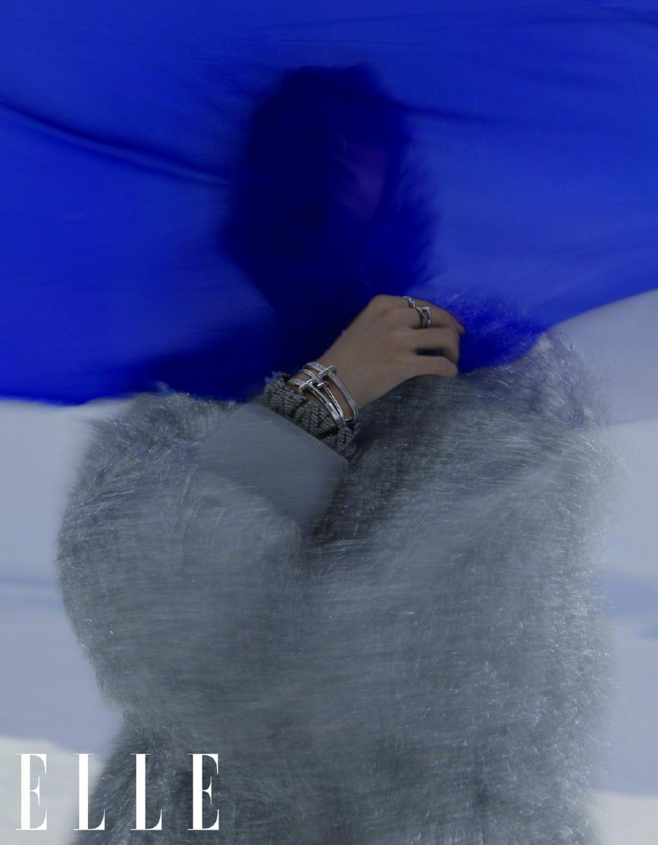 Dịch Dương Thiên Tỉ lập kỳ tích trên bìa Elle kim cửu khiến fan nở mặt  9