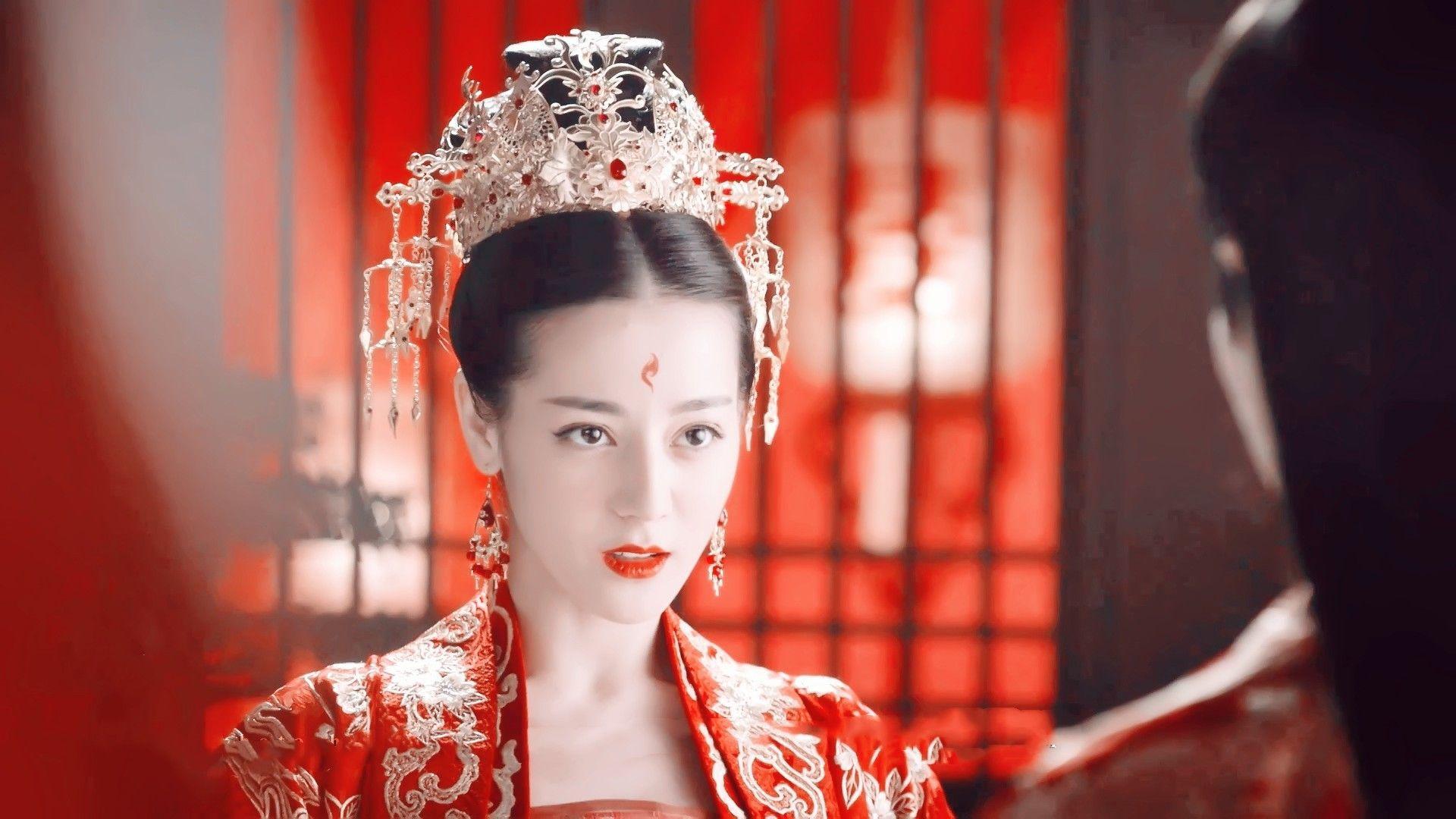 Dương Mịch, Nhiệt Ba, Đàm Tùng Vận... đọ sắc trong trang phục tân nương cổ trang 4