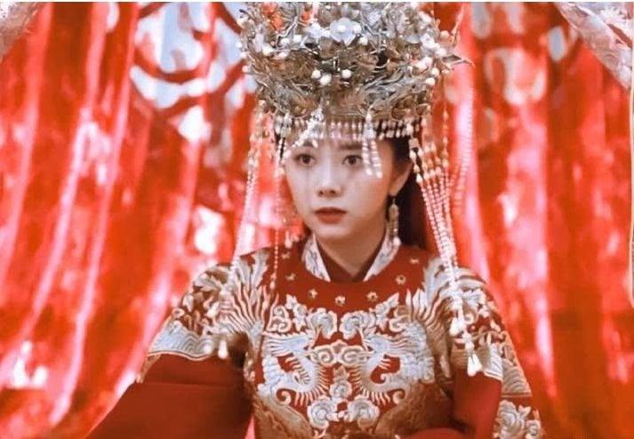 Dương Mịch, Nhiệt Ba, Đàm Tùng Vận... đọ sắc trong trang phục tân nương cổ trang 5