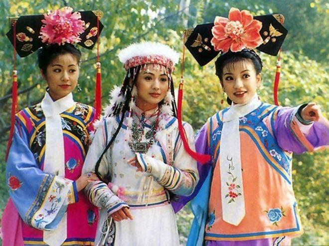 Hoàn Châu Cách Cách - tác phẩm kinh điển sánh ngang Tây Du Ký, Bao Thanh Thiên 4