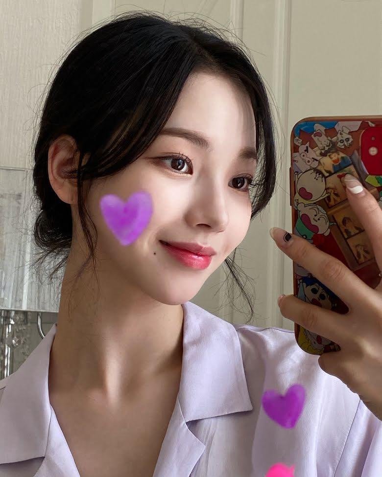 10 Idol Kpop sở hữu khuôn mặt lý tưởng, cân mọi kiểu tóc 1
