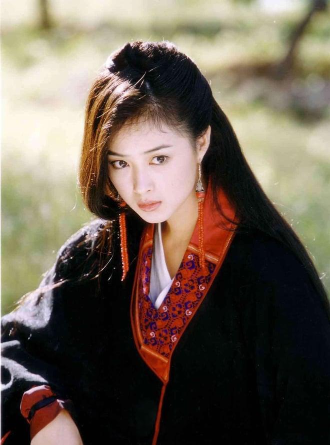 Dàn mỹ nhân Thiên Long Bát Bộ 2003: Lưu Diệc Phi chưa phải người đẹp nhất 1