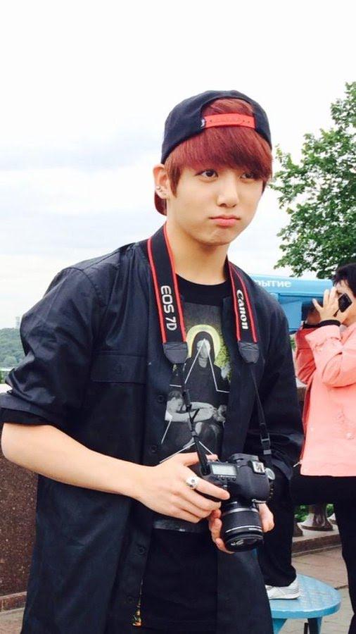 Jungkook (BTS): Từ em út mít ướt trở thành chàng trai trưởng thành 3