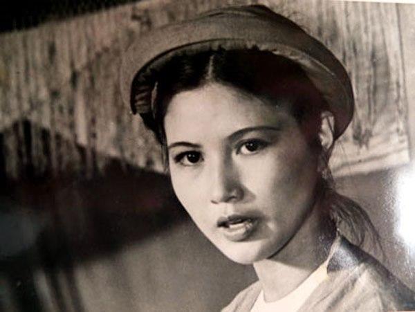 12 'quốc bảo nhan sắc' gây chấn động showbiz Việt thập niên 90 2